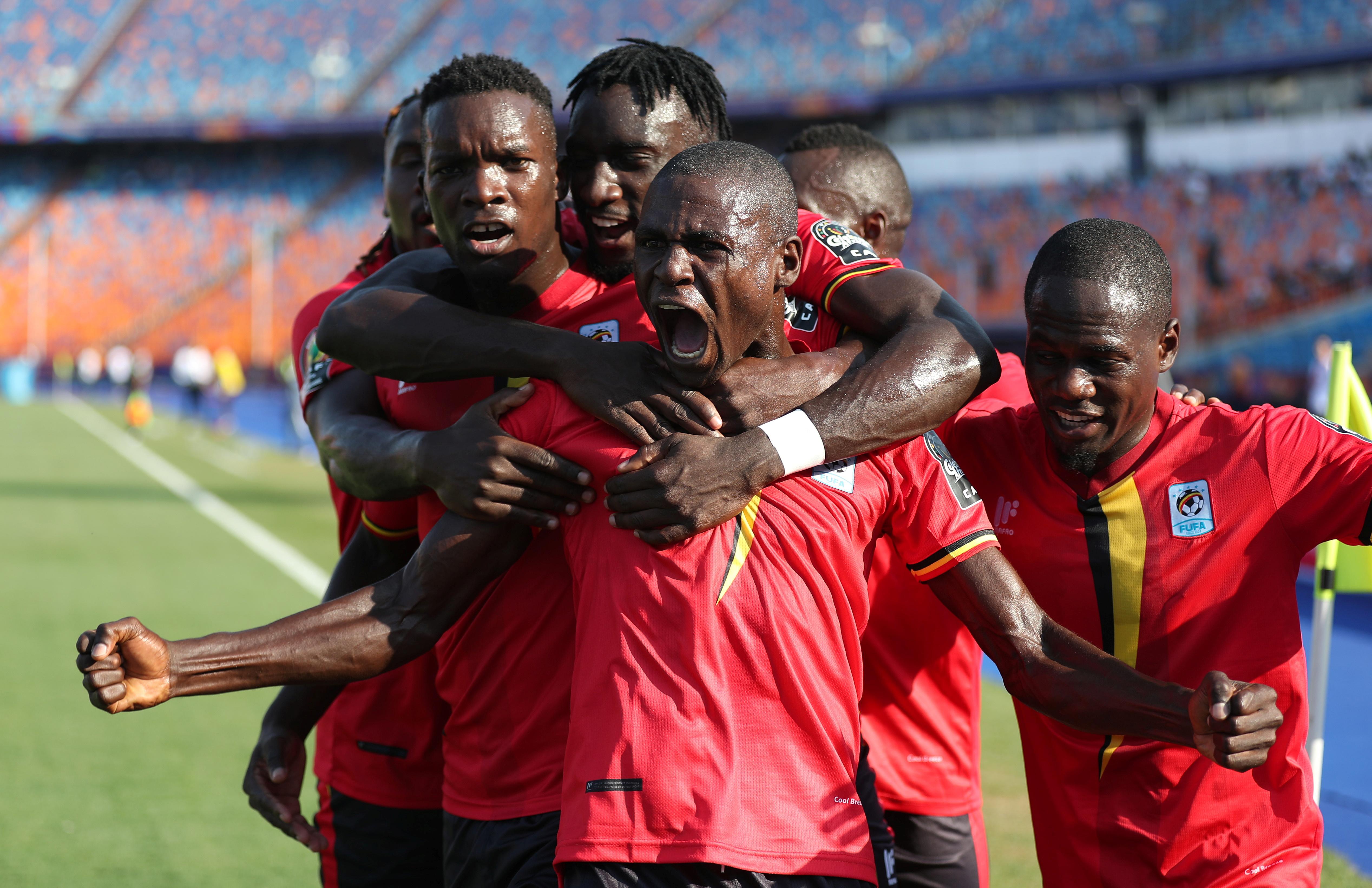 أوغندا تحقق فوزها الأول في كأس الأمم في 41 عاما