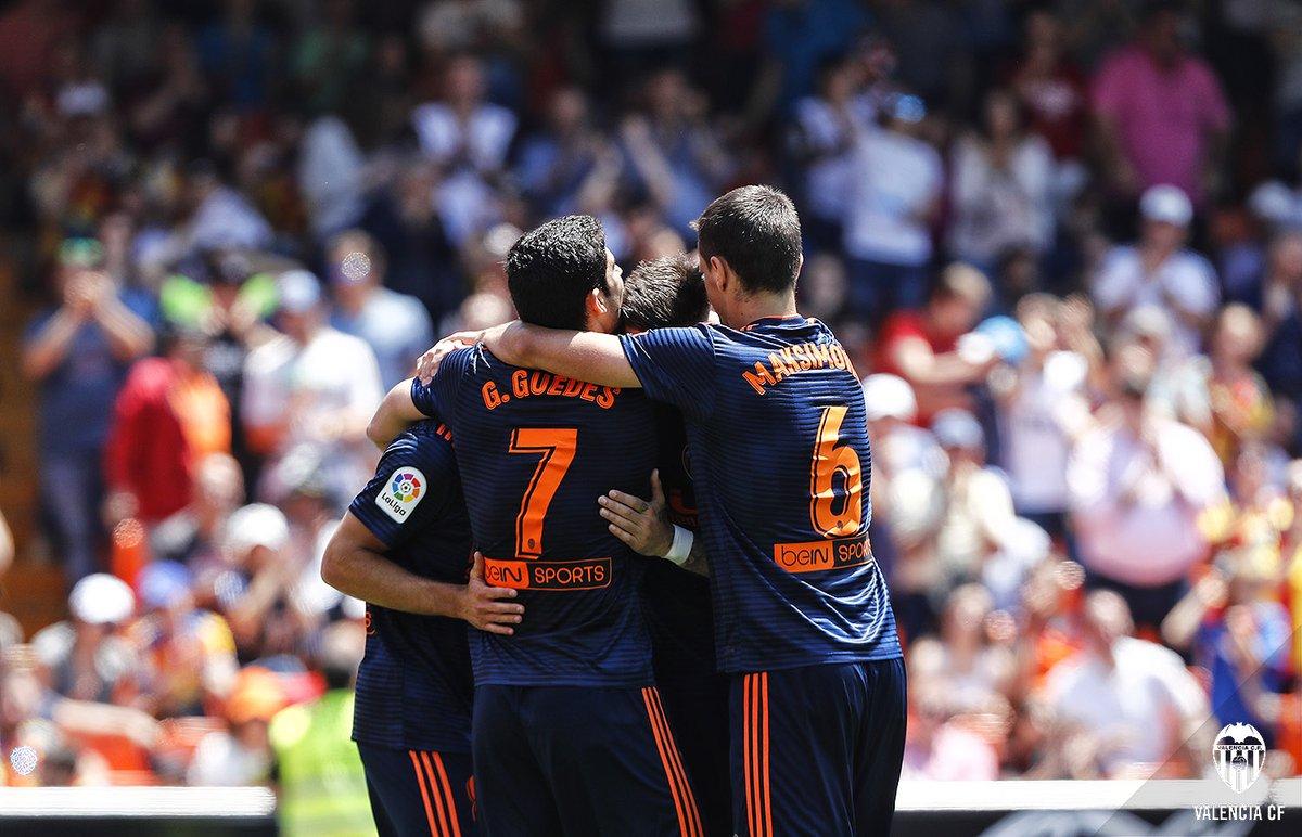 فالنسيا وإسبانيول يفوزان ديبورتيفو وبلباو